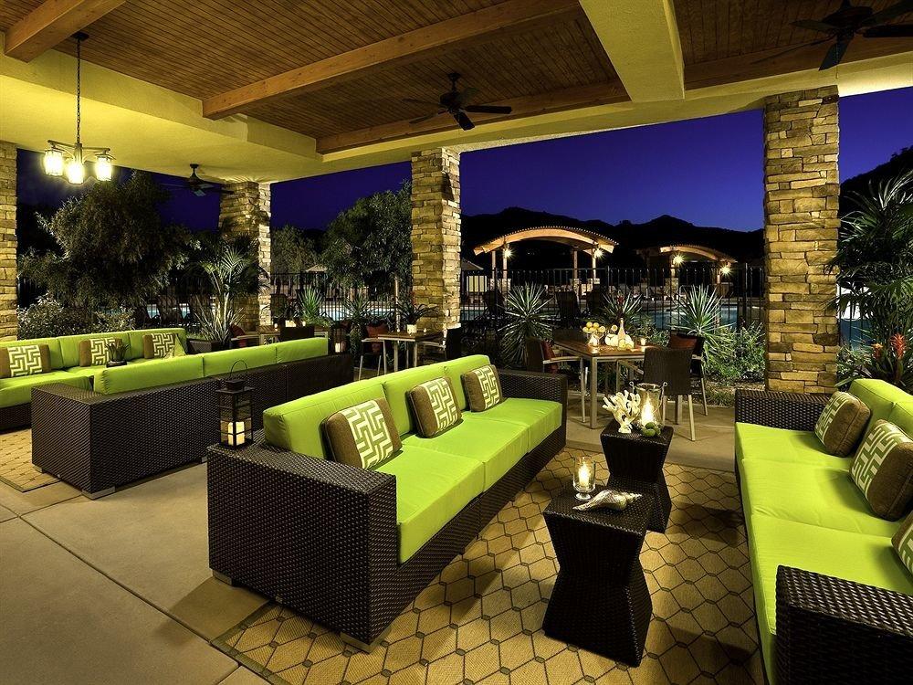Family Lounge Resort Lobby property restaurant Bar green living room Villa