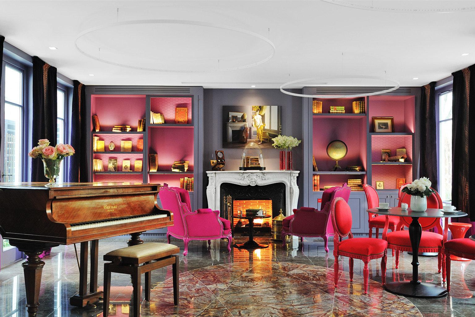 Fireplace Hip Lounge Luxury Modern recreation room restaurant Bar living room