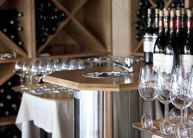 wine glasses restaurant Bar
