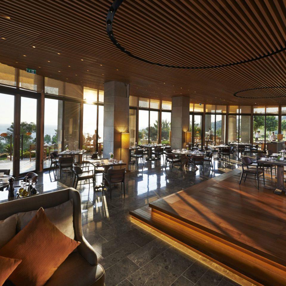 Hip Lounge Luxury Modern Scenic views Lobby Resort restaurant function hall convention center Bar