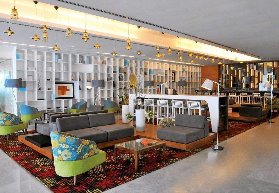 Hip Lounge Luxury Scenic views property Lobby home living room restaurant condominium Bar