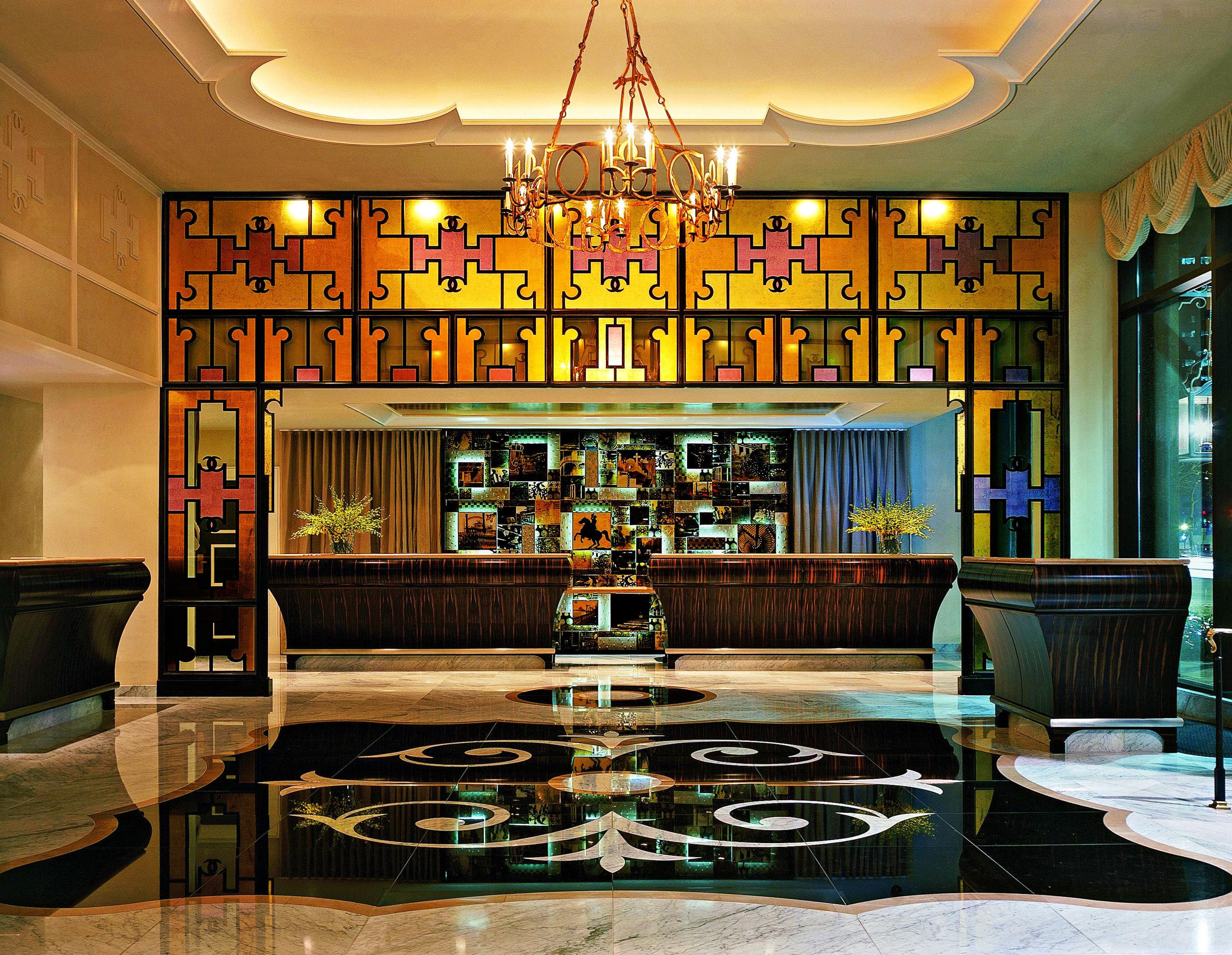 Hip Lounge Luxury Modern living room recreation room home mansion Bar Lobby
