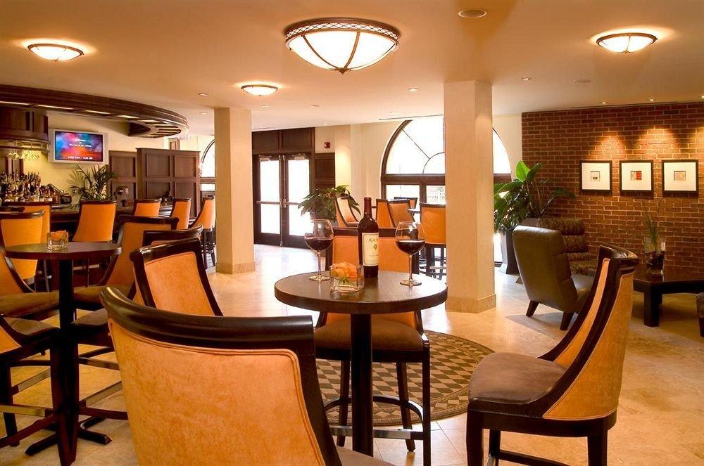 Bar Inn Lounge property chair Lobby Resort condominium Suite living room