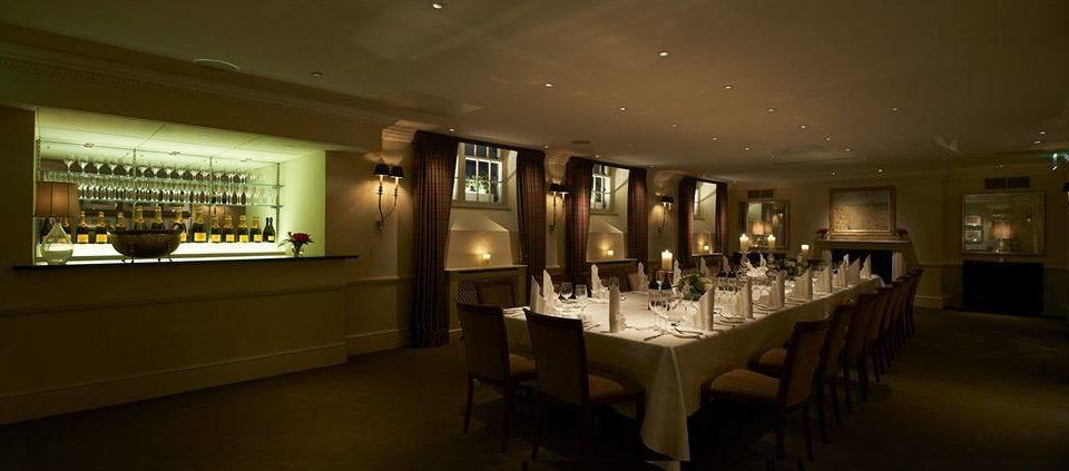 restaurant function hall Bar ballroom Island