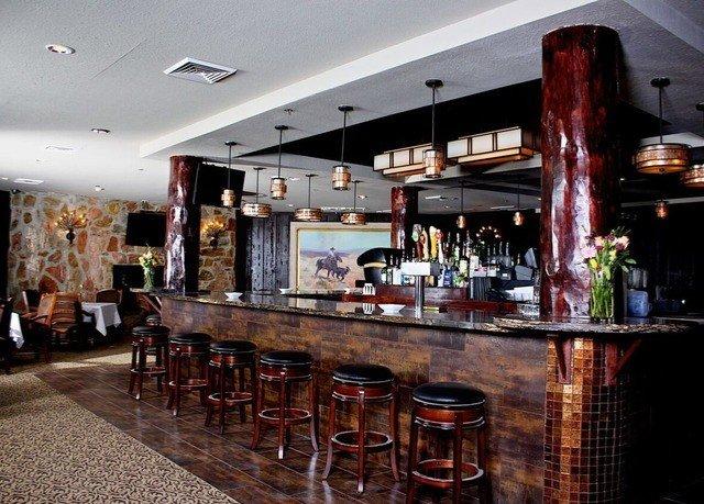Bar restaurant café Island dining table