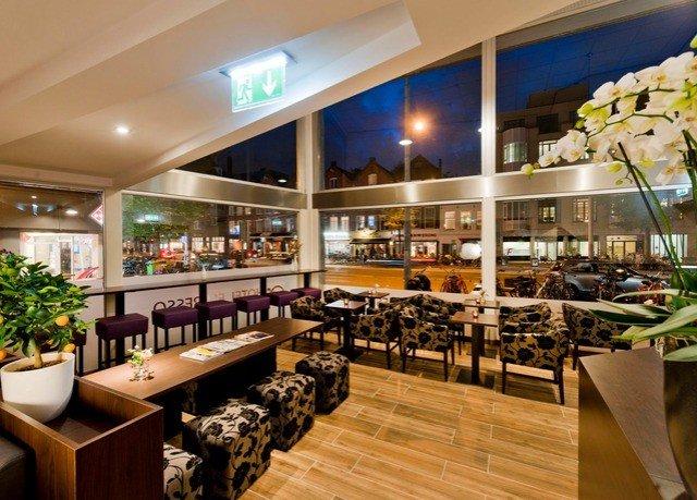 restaurant food court Bar cafeteria café counter function hall Island