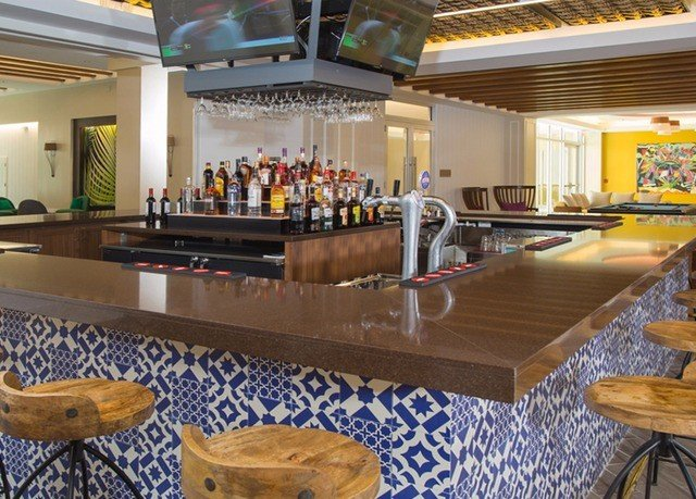 Kitchen recreation room billiard room counter Bar restaurant function hall Island breakfast dining table