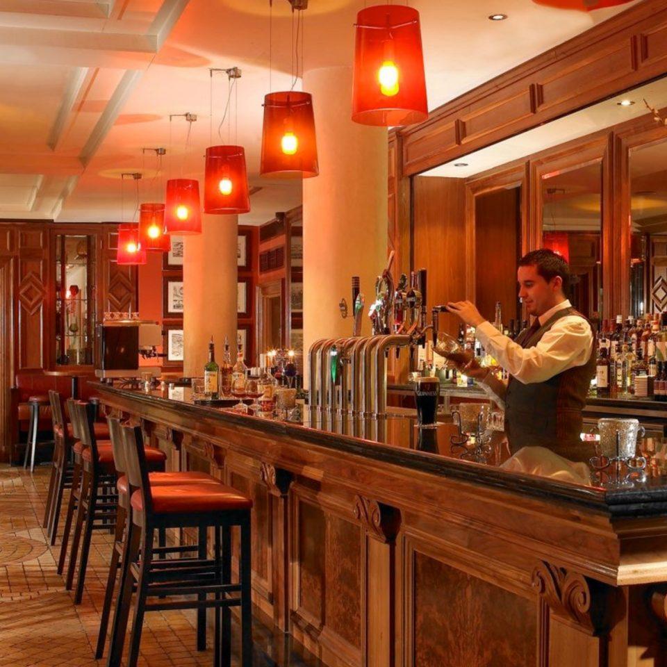 Kitchen restaurant Bar counter café tavern Island