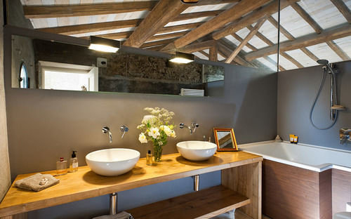 property home cottage farmhouse Kitchen Bar Island