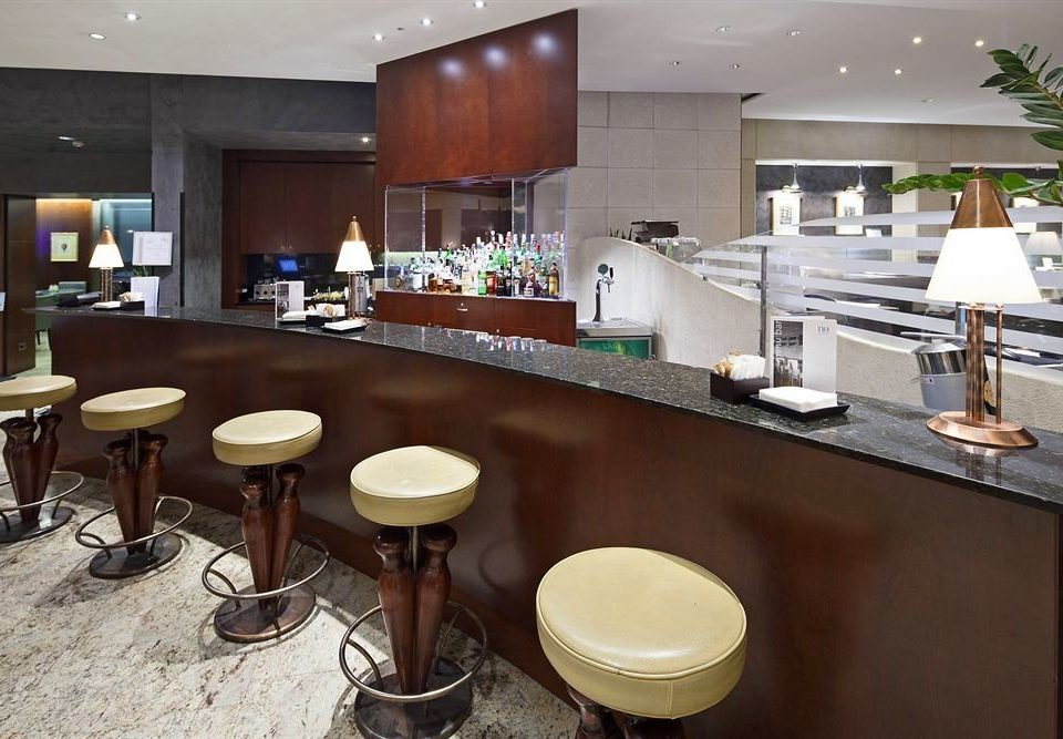 property restaurant cuisine food Kitchen Bar counter Island