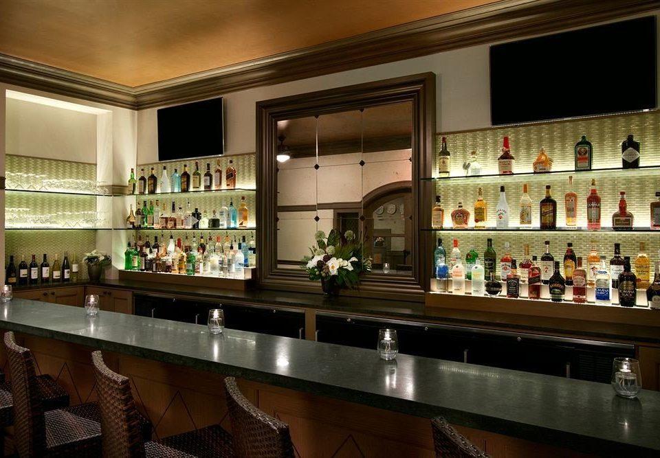 Kitchen Bar counter restaurant Island