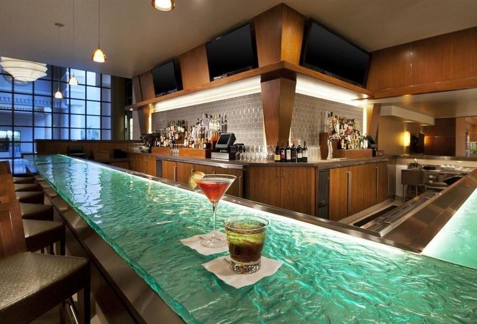 Kitchen property green counter restaurant Bar Resort condominium Island