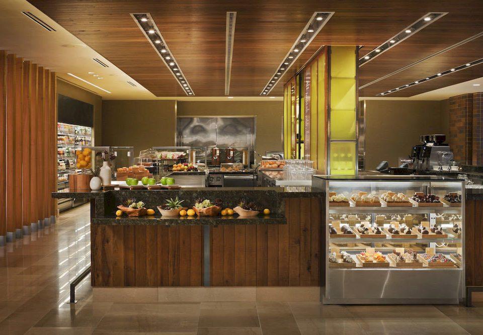 Lobby cabinetry bakery counter buffet retail Bar Island
