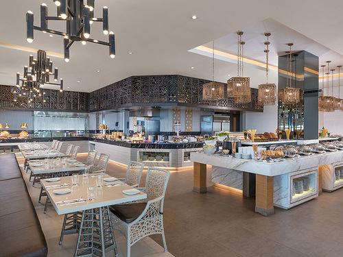 property restaurant scene condominium cafeteria Bar Lobby Island