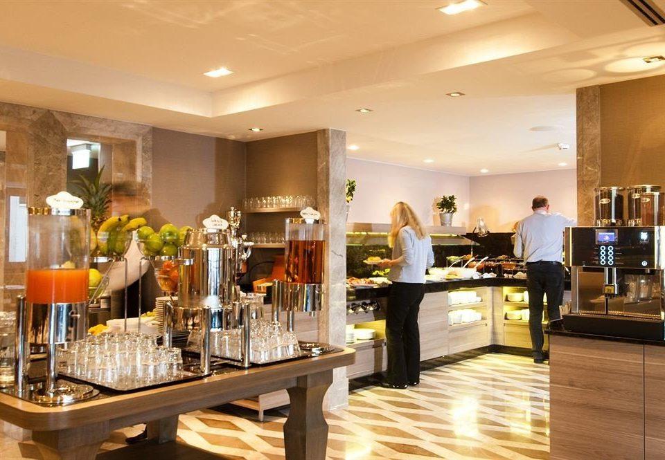 restaurant Bar Lobby counter Island
