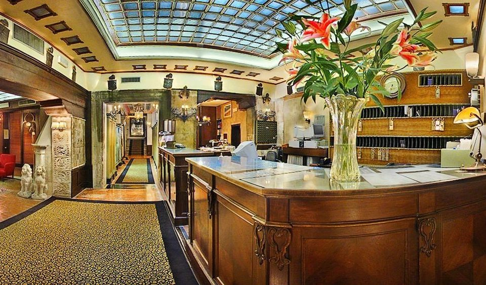 Lobby home mansion Bar restaurant Island