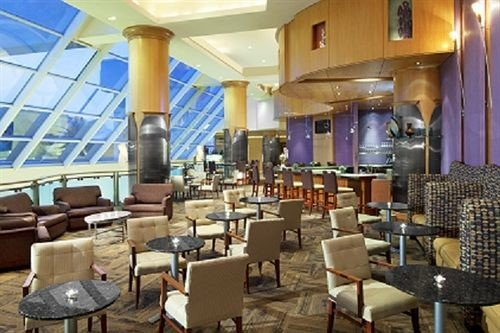 chair Kitchen Lobby restaurant function hall convention center Resort café Bar cluttered