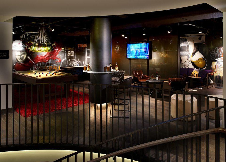 Bar restaurant lighting