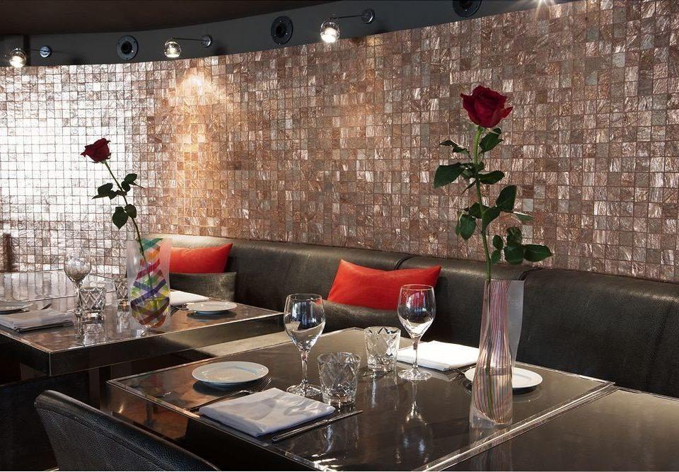 restaurant living room Bar