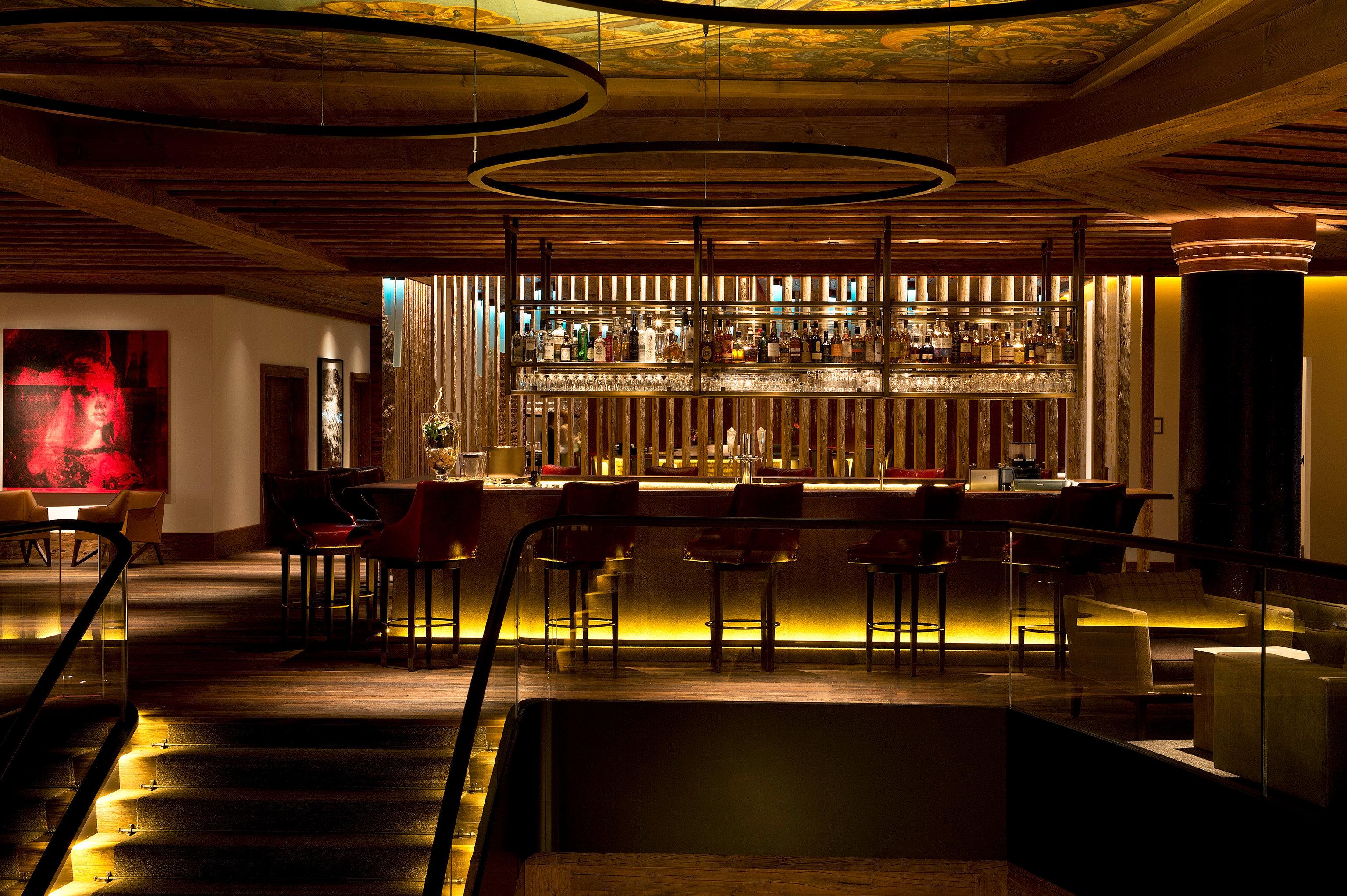 Lobby function hall auditorium lighting Bar restaurant ballroom