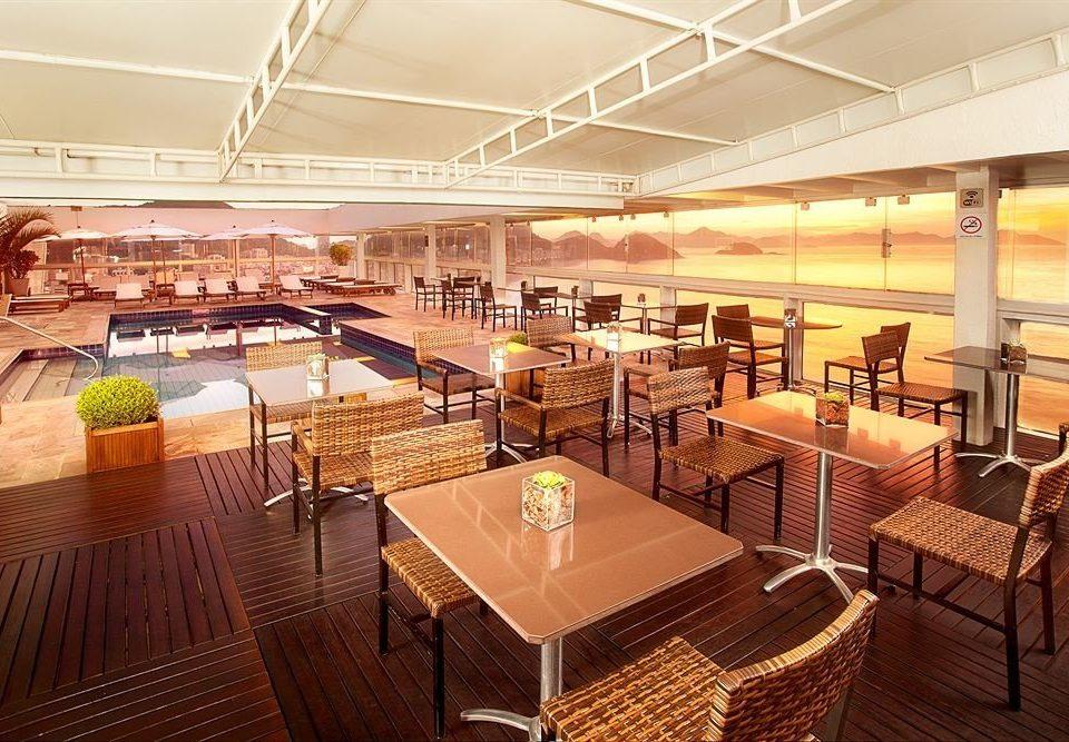 restaurant function hall convention center vehicle Lobby yacht Bar ballroom