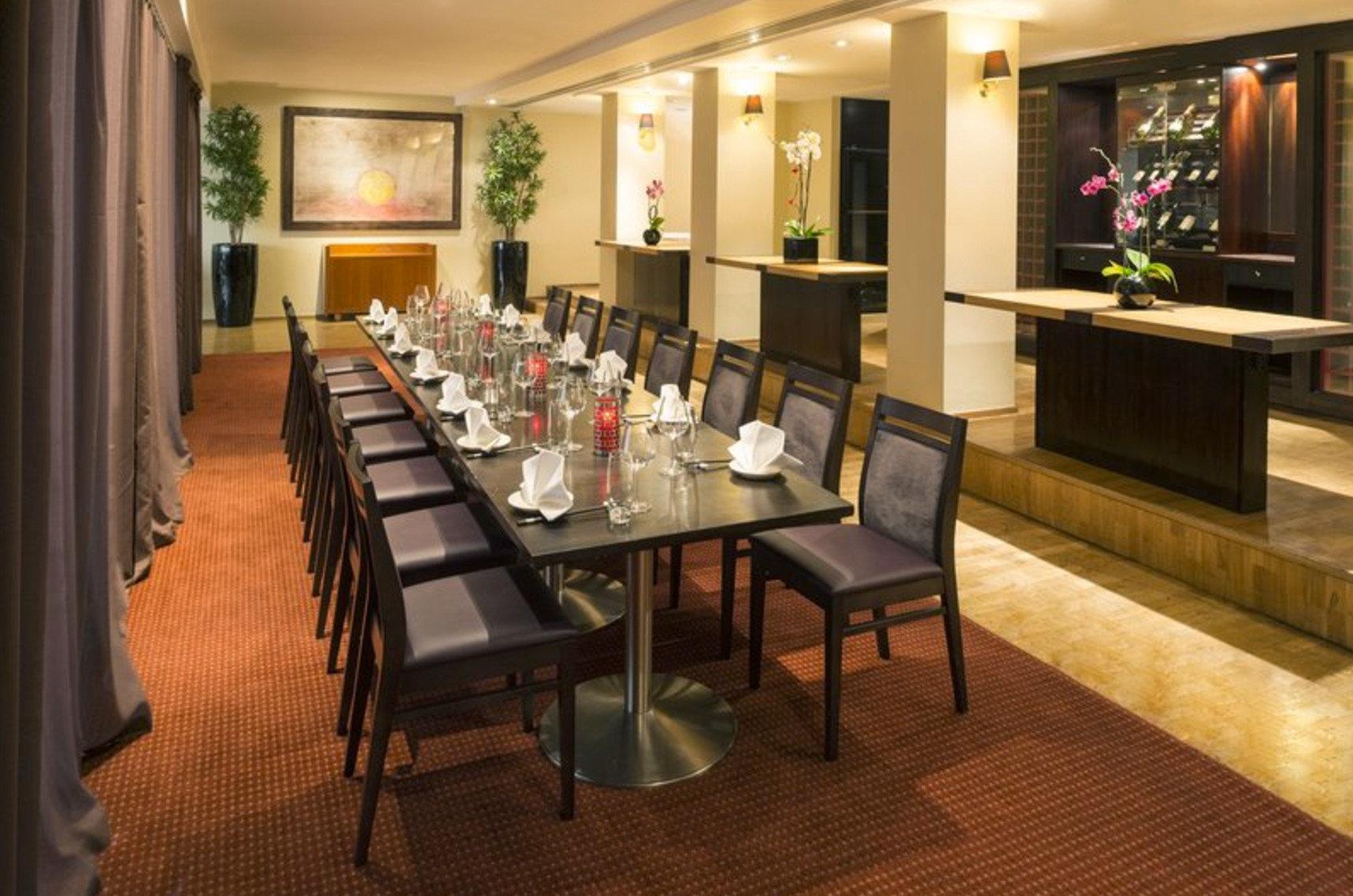 function hall restaurant Lobby ballroom Bar dining table