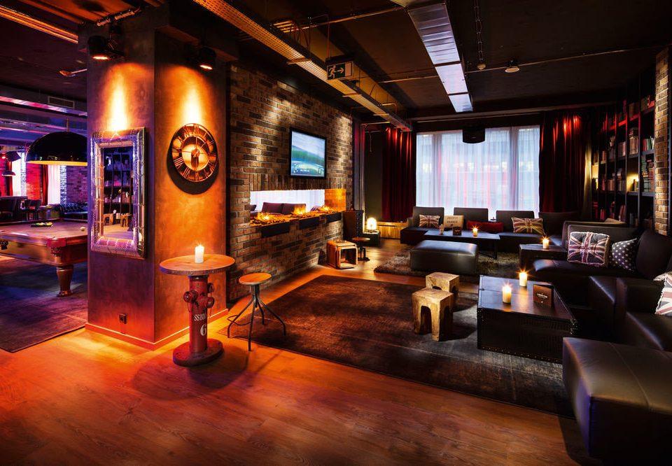 recreation room billiard room Lobby screenshot Bar living room nightclub