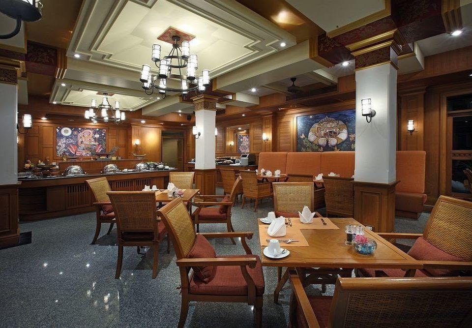 recreation room billiard room restaurant Bar Lobby