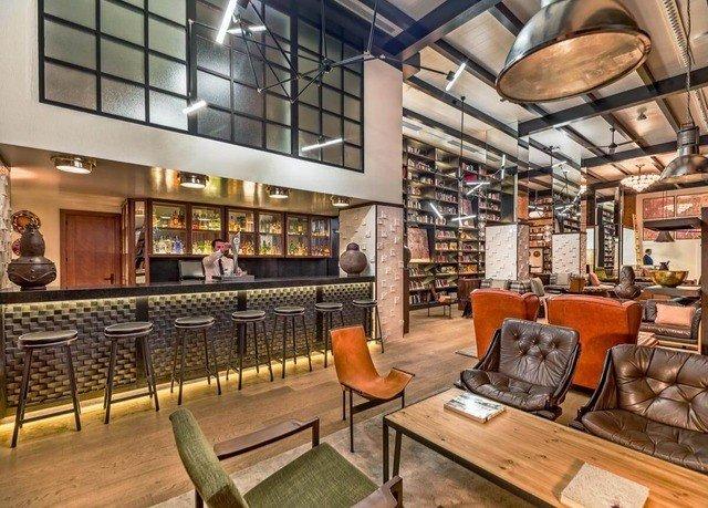 property building Lobby restaurant café Bar
