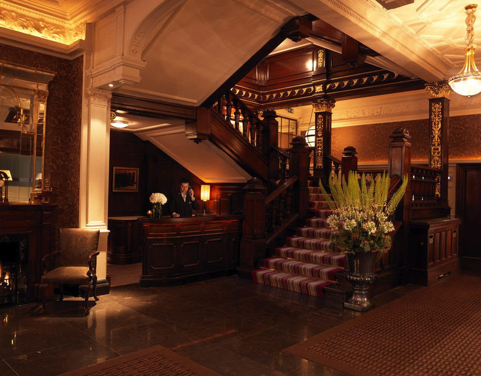 property Lobby building restaurant lighting Bar home mansion living room