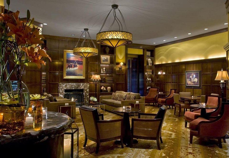 Lobby restaurant Bar café function hall palace
