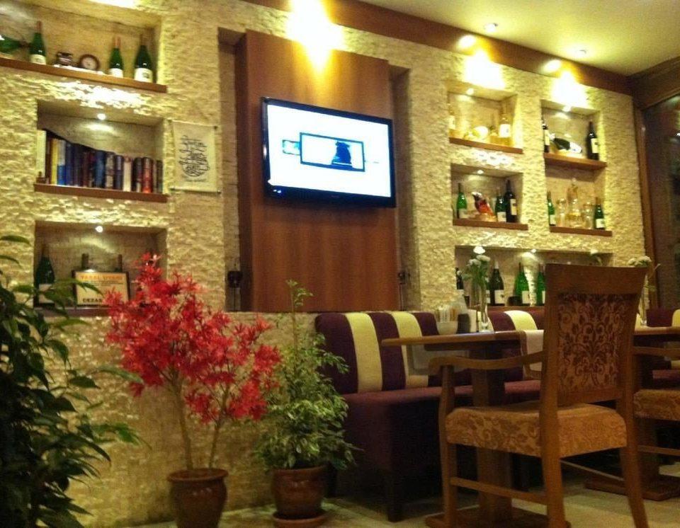 restaurant Lobby plant Bar café function hall
