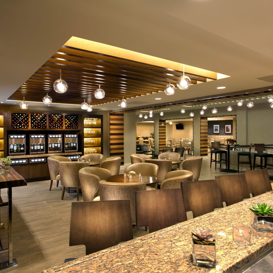 Lobby café restaurant cafeteria retail function hall food court convention center Bar fast food restaurant