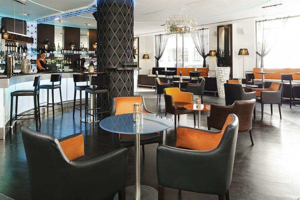 chair property condominium restaurant Lobby Bar cafeteria set