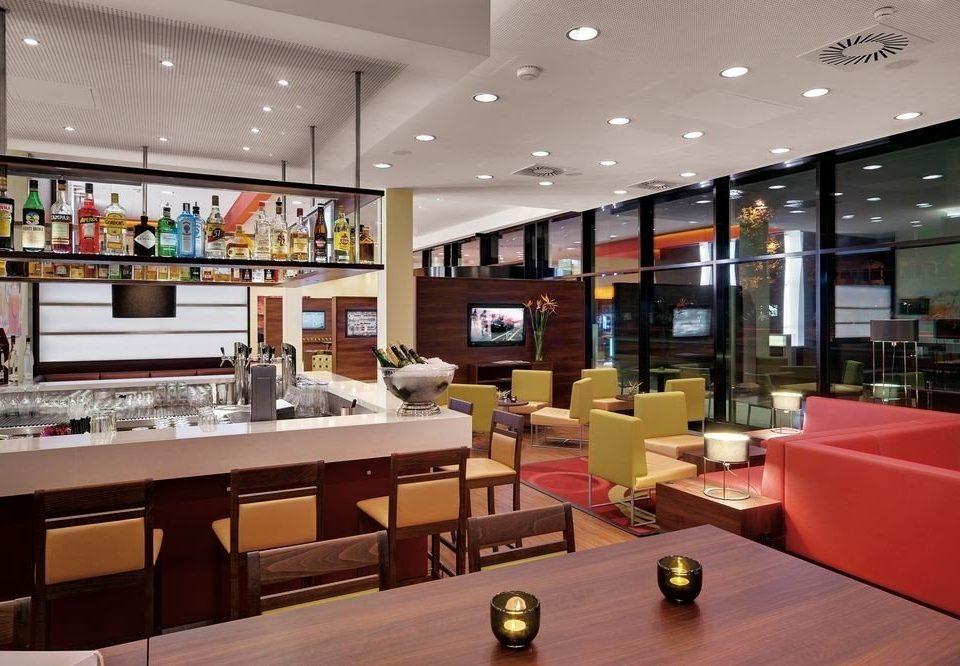 Lobby recreation room retail cafeteria Bar restaurant food court fast food restaurant