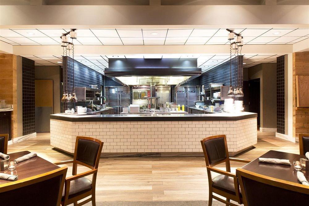 chair property restaurant Lobby cuisine Bar