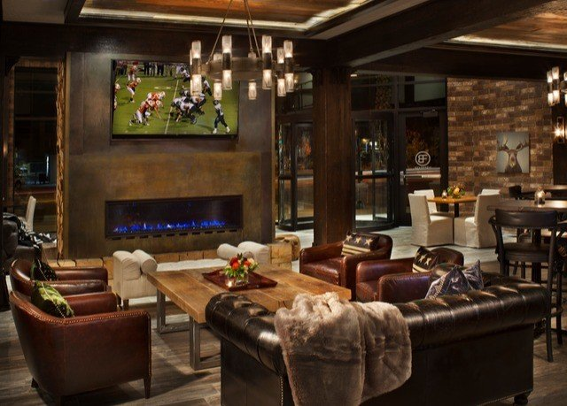 property living room Lobby home Bar recreation room mansion restaurant cluttered