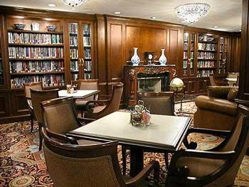 library shelf property Lobby Bar restaurant living room set cluttered