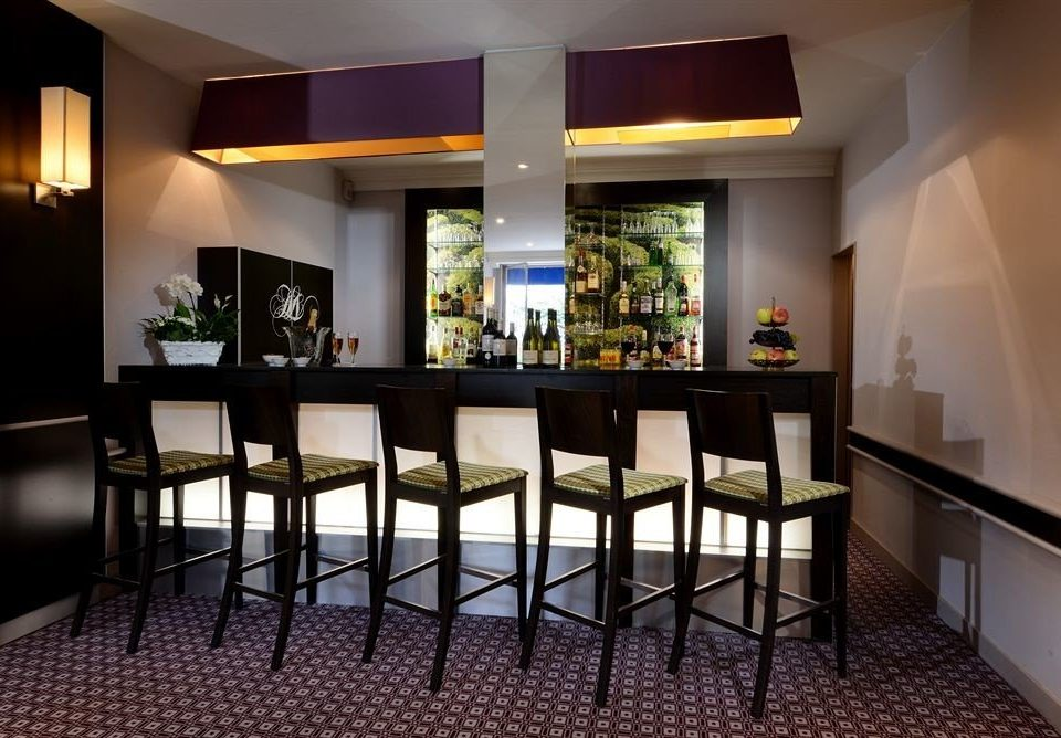 property Lobby Bar restaurant condominium dining table