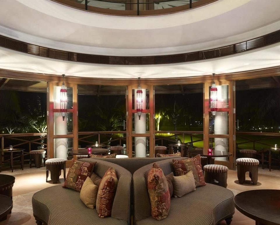 Lobby property living room restaurant condominium Bar