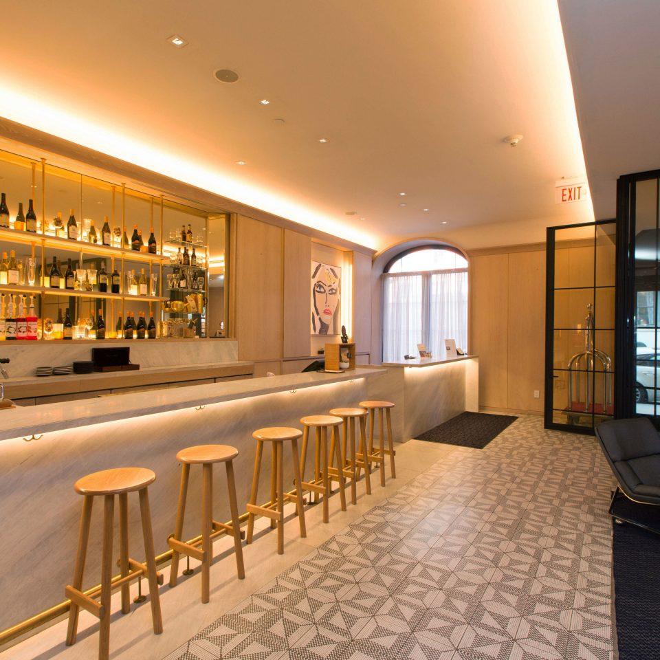 property Lobby restaurant condominium Bar