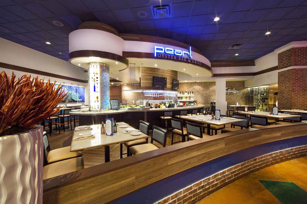 Lobby restaurant Bar shopping mall food court convention center