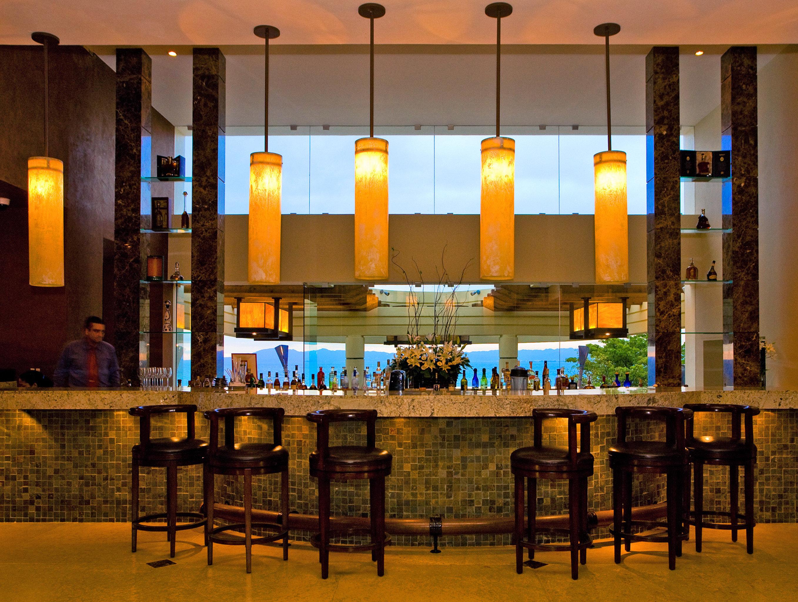 Bar restaurant function hall lighting Lobby palace convention center