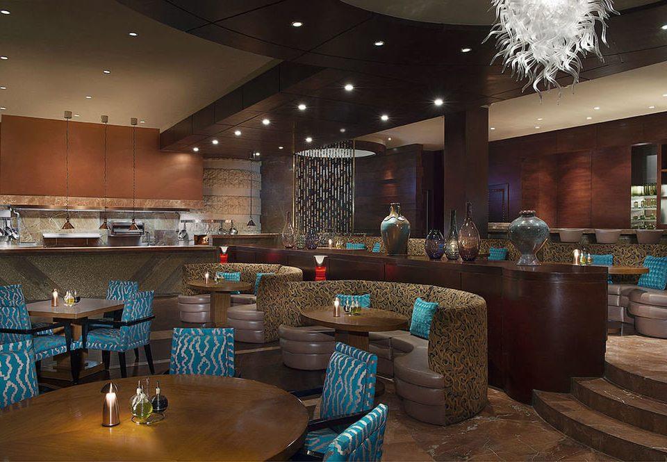 Lobby function hall recreation room restaurant Bar