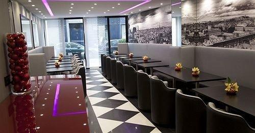 Lobby restaurant function hall Bar