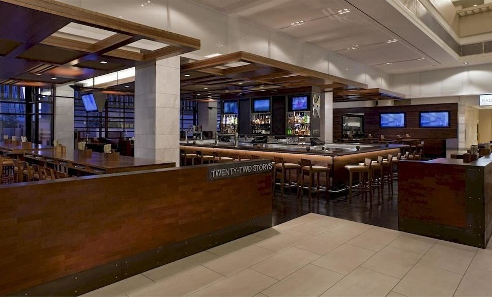 property Lobby recreation room home Bar