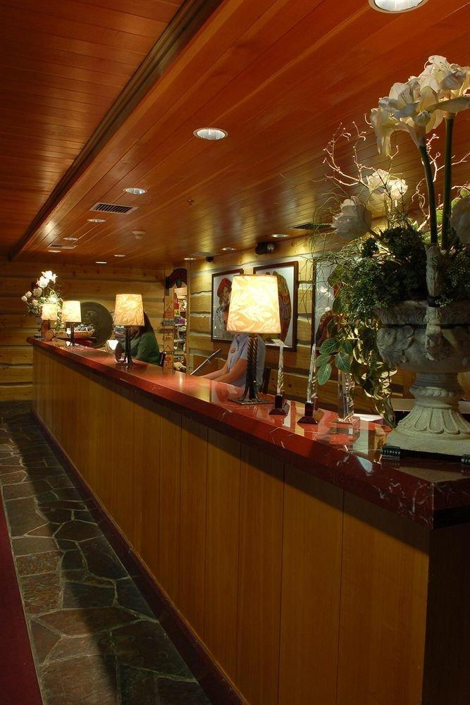 Lobby Lodge restaurant function hall Bar counter buffet