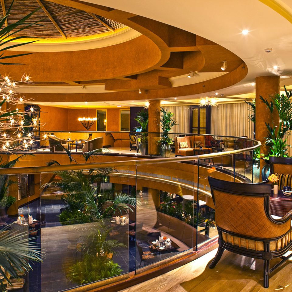 Lounge Luxury Lobby Resort Bar shopping mall restaurant convention center plant