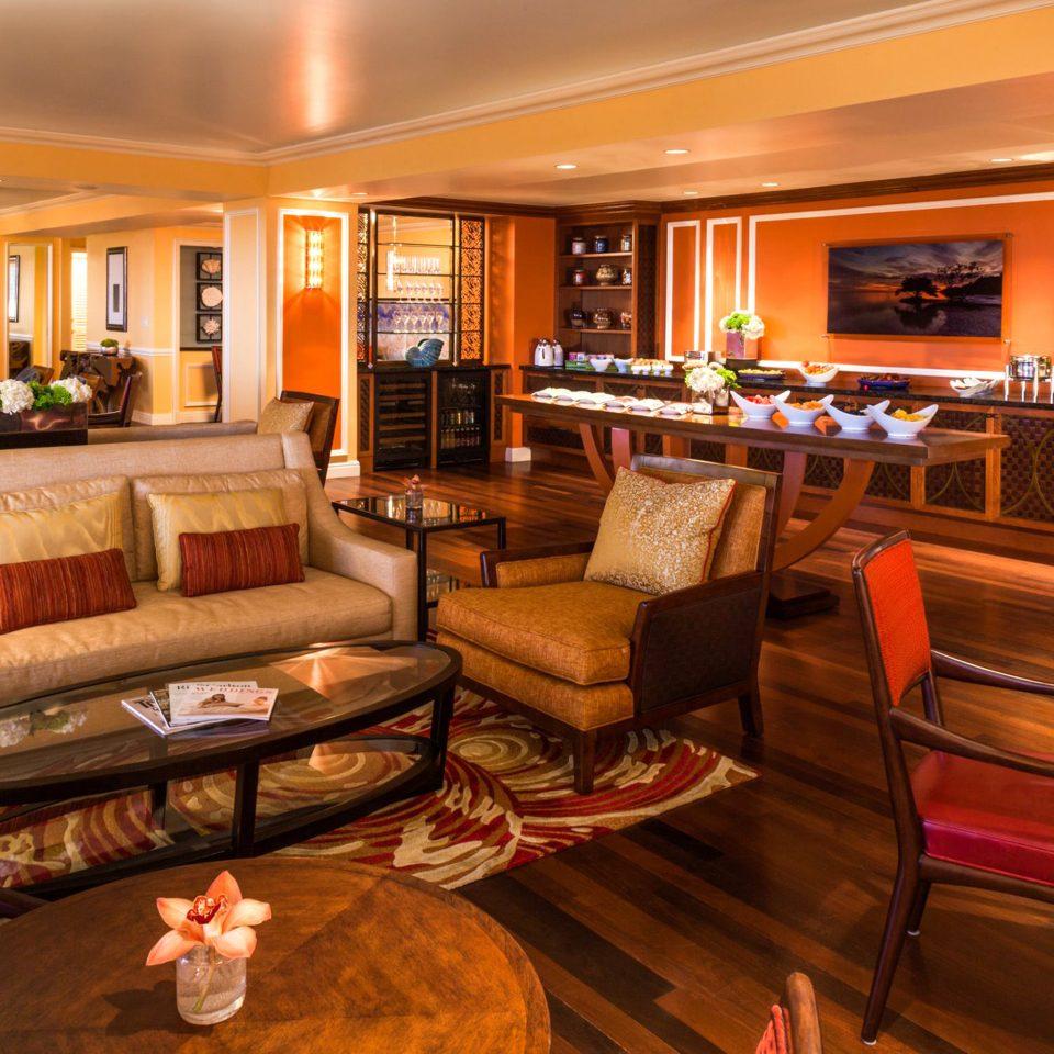 Lounge Luxury sofa recreation room Lobby billiard room living room Suite home Bar function hall restaurant