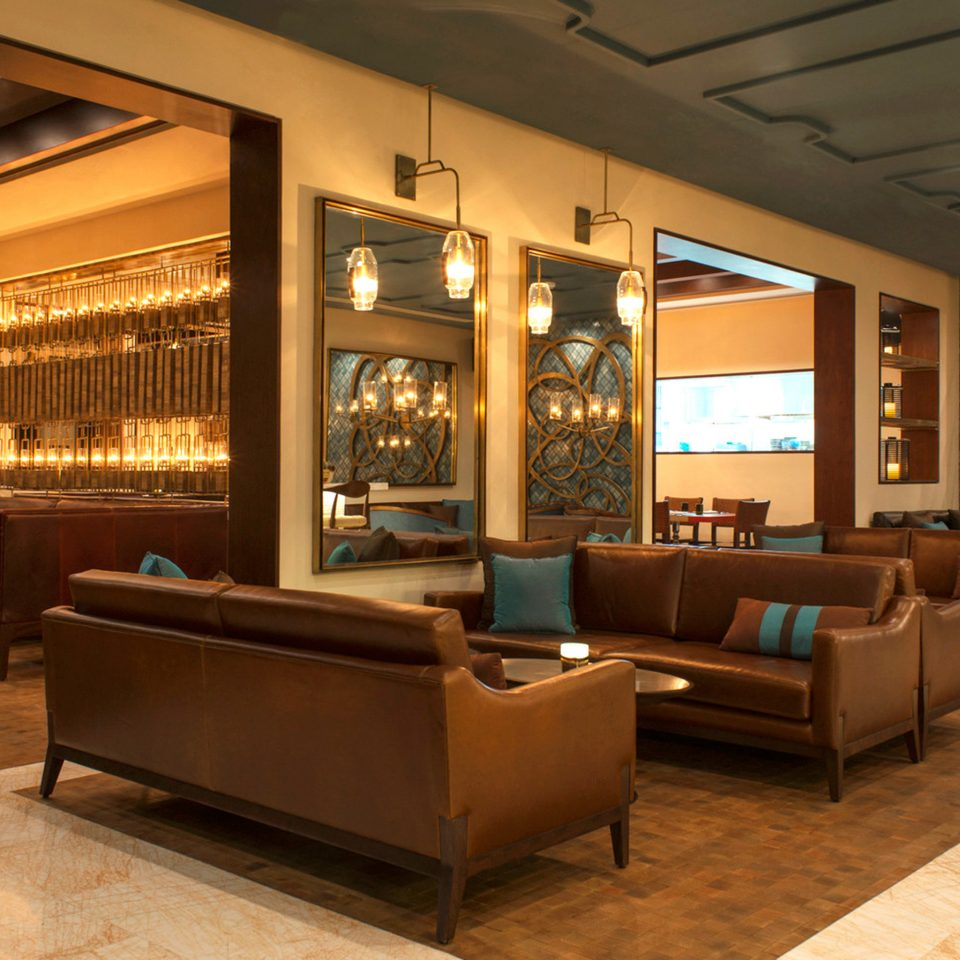 Lounge Luxury Lobby recreation room living room Bar café restaurant function hall convention center